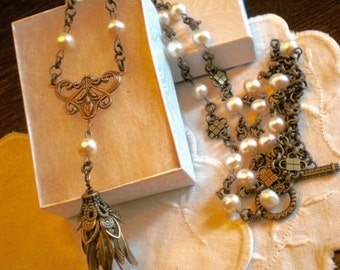 oO MAGNOLIA Oo Freshwater pearl brass flower necklace