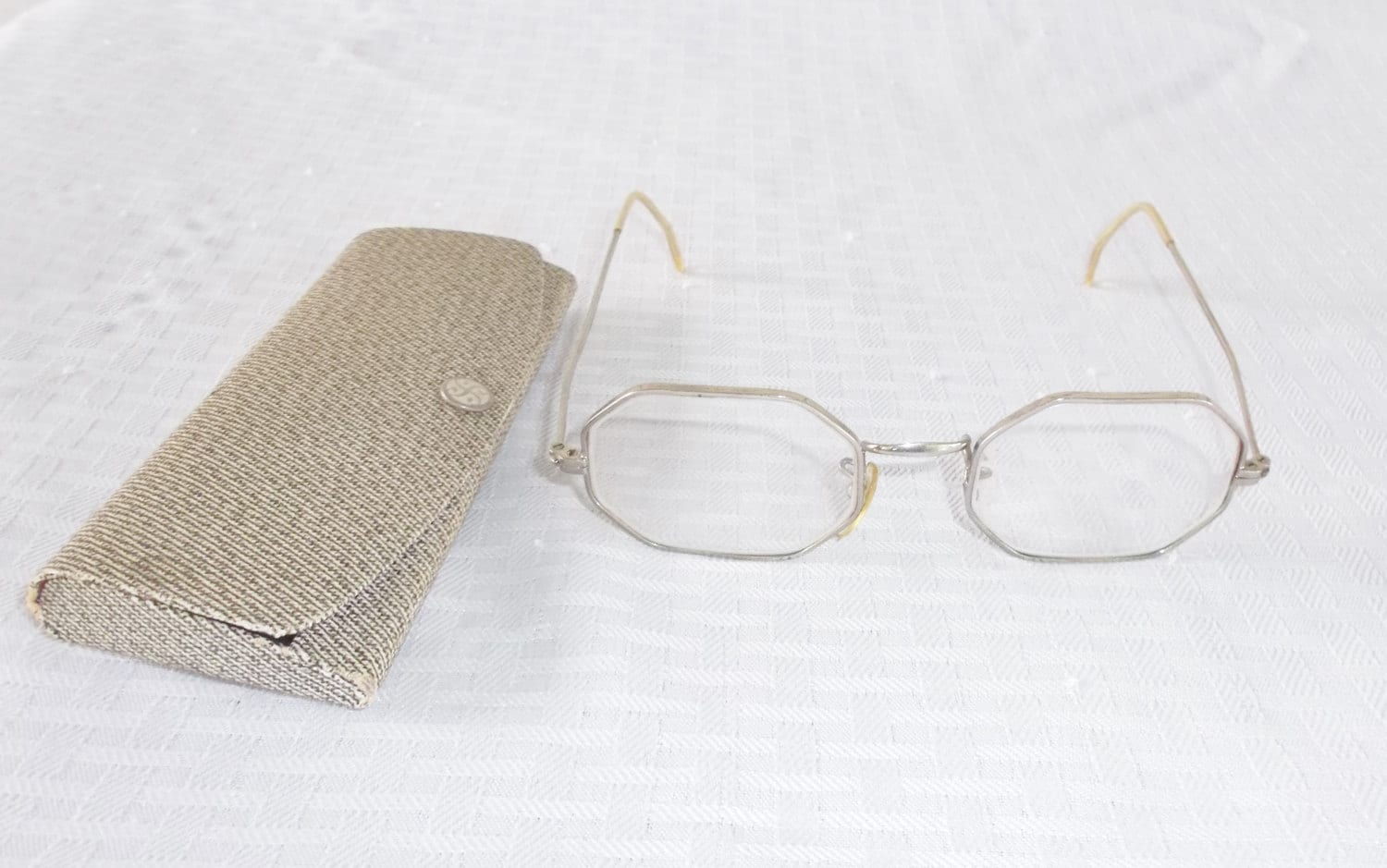 f244987db55 1930s Vintage Men  39 s Octagon Shaped Eyeglasses with Case