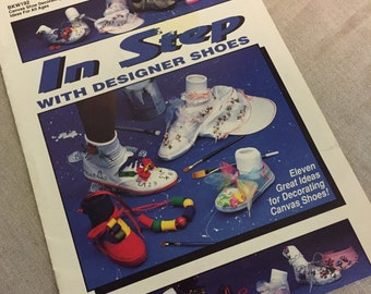 Vintage 1992 Craft Instructions, Accessory Decor, How To Book Booklet, Children Shoes, Sun Visor, Paint, Bows, Mixed Media, Fun Child Crafts