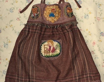 the three bears and goldilocks  pinafore