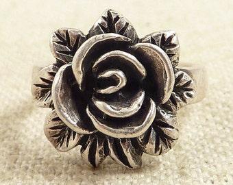 Size 6 Vintage Sterling Rose Bloom Ring