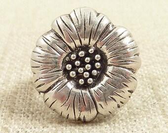 Size 4.5 Vintage Sterling Wild Flower Bloom Ring