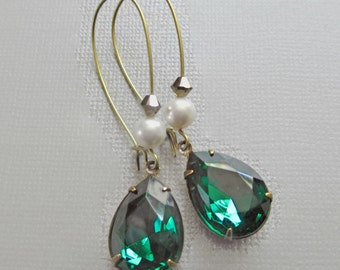 Emerald Earrings - Green Earrings - May Birthstone - Bridesmaid Gift - BELLE Emerald