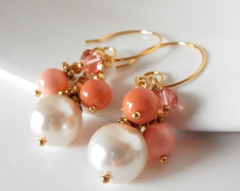 Coral Bead Cluster Earrings, Coral Bridesmaid Jewelry Sets, Pearl Earrings in Gold, Beaded Wedding Jewelry, Bridesmaid Gift, Handmade