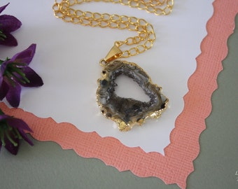 Druzy Necklace Gold, Geode Necklace, Crystal Necklace, Gold Geode Slice Druzy, GG18
