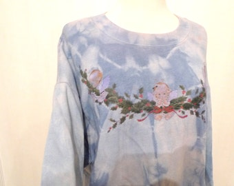 Holly Hobbit Angels on a Wreath Blue Tie Dye T-Shirt VTG 70s 80s Christmas Sweater Top With Hint of Pink. Boho Grunge Hippie Hippy Xmas OOAK