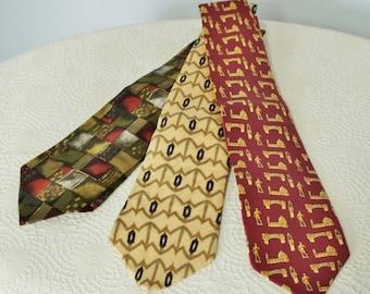 Vintage Men's Necktie Lot of Three Designer Silk Ties Omaggio Roberta Baldini Bill Blass Red and Gold Collection