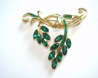 Signed Coro Flower Leaf  Green  Rhinestone Brooch Gold Tone Vintage Jewelry