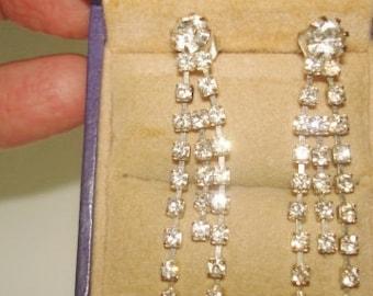 Clear Rhinestone  Vintage Jewelry Stud Dangle  Earrings Silver Tone .
