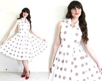 40s Dress / 1940s Dress / 1940s White Floral Full Skirt Dress