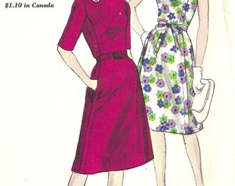 Vogue 5645 / Vintage 60s Sewing Pattern / Dress / Size 16 Bust 36