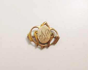 Gold Victorian Brooch with Letter N