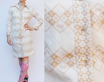 Vintage 70's polyester dress, Bicycle pattern / argyle, beige & white - Medium