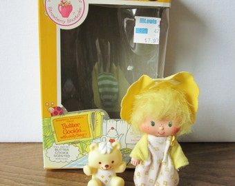 Strawberry Shortcake Butter Cookie Doll Complete with Box