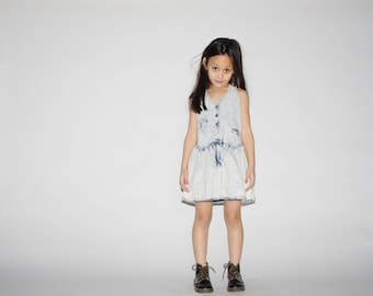 Kid's Vintage Jean Dress - 1990s Acid Wash Denim Dress -  The Cool Kid Dress  - K0018