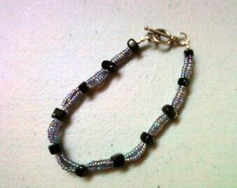 Black and Gray Luster Bracelet (0431)