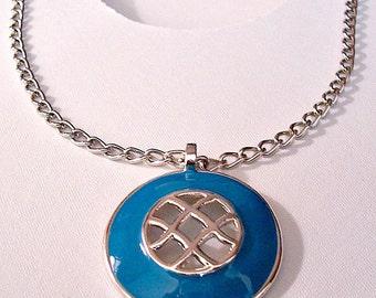 Blue Lattice Necklace Silver Tone Vintage Round Open Pendant Link Chain
