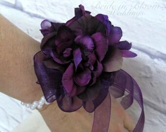 Wrist corsage, Plum purple flower bridesmaid corsage, Wedding corsages
