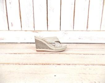 Frye off white/ivory braided leather open toe wedge platform sandals/studded leather platform mules/boho festival clogs/8