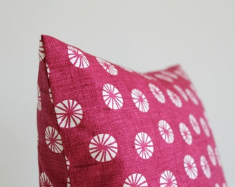 Pillow Cover, Toss Pillows, Cushion Cover, 18 Inch Pillow Cover, 18x18 Throw Pillow Cover, Pillow Sham, Accent Pillow - Fossil Raspberry