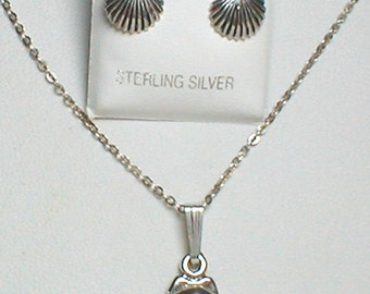 """Seashell in Sterling Silver Necklace and Mathcing Earrings - Necklace is 18"""""""