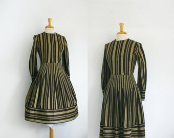 vintage 1960s or 1950s suzy perette striped dress, size small