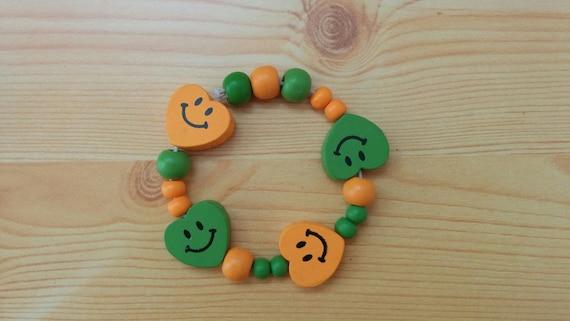 Girl bracelet, children bracelet, kids bracelet,heart bracelet,wood bracelet,beaded bracelet,kids jewelry,girl jewelry,wooden bracelet