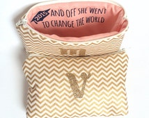 Personalized Graduation Gift for Her // Makeup Bag with Inspirational Quote & Monogram