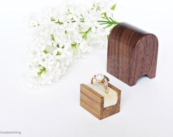 Engagement ring box - ring box - personalized gift - elegant ring box - wood ring box - original Woodstorming design