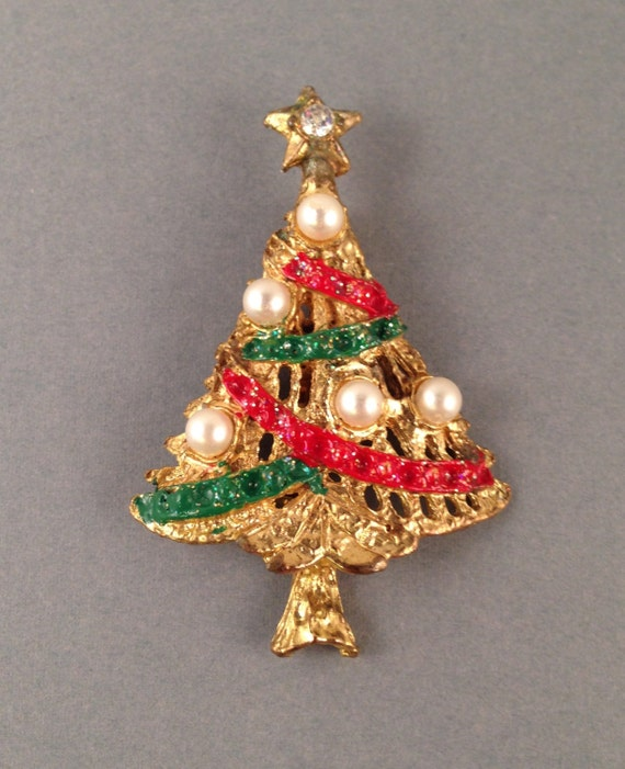 Vintage christmas tree brooch gold green and red with faux for Green and gold christmas tree