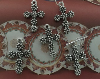 Petite Floral Cross Silver (2 pc)