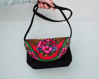 Felted purse, felt bag, gift for woman, russian shawl, Purse Handbag ,Tote Bag, Clutch Purse, Small Bag, Colorful Bag for girls, Kids Bag