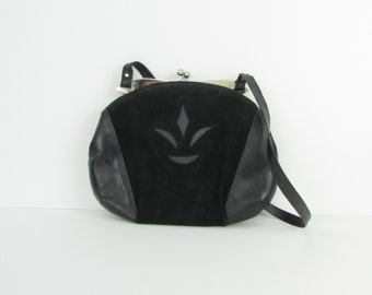 Flower Petal Purse - Vintage 1960s Black Shoulder Bag by Coret