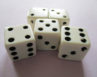 Vintage Game Dice White Black Spots Set of 5