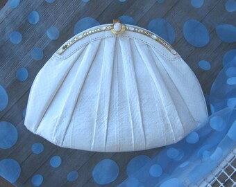 Faux Reptile Off-White 1950s Convertible Clutch/Shoulder Bag~Faux Gem Embellished Wedding/Event Clutch; Free Shipping/U.S.