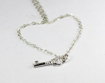 Key Necklace, Sterling Silver Key Necklace, Skeleton Key Jewelry, Simple Minimalist Key Necklace, Dainty Key Charm Pendant Y062