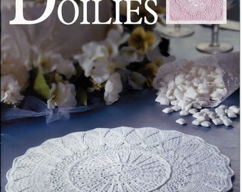 Extra - Special Doilies  / Thread Crochet Pattern Book  / Leisure Arts 3588