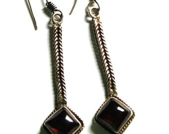 Vintage Sterling Bali Garnet Earrings