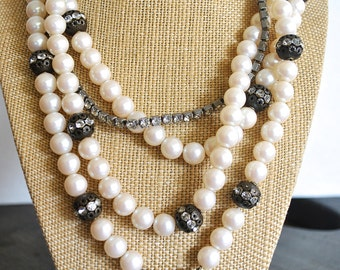 VINTAGE FRENCH PEARL necklace