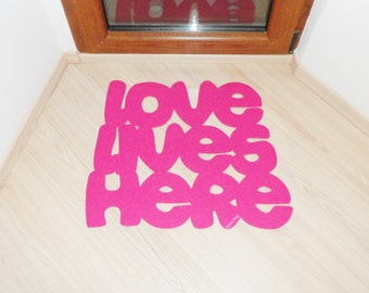 Lovers home decor. Love lives here door mat. Romantic floor mat. Valentines gift. Just married gift. New home