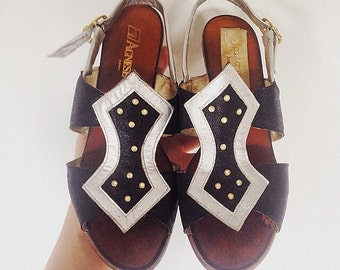 Vero Cuoio Leather Sandals Womens Sandals Leather Shoes Odalisk Middle East Style Shoes Vintage Italian Shoes Black Silver Summer Shoes