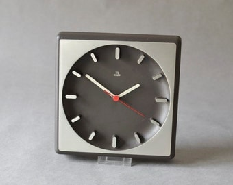 Vintage wall clock West German Aachen Quartz silver black aluminum 70s