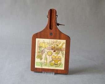 Vintage pottery trivet tile hot plate cutting board cheese board 60s housewares kitchenware