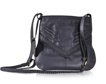 MOJO. Leather crossbody purse / small leather bag / leather purse / crossbody bag / bohemian bag / boho. Available in different colors