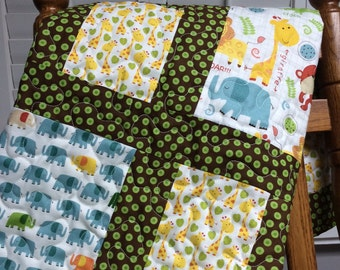 Baby Jungle Quilt Peek-A-Zoo