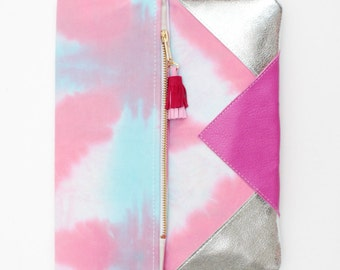 SALE / PARADISE 20 / Hand colored cotton & natural lather folded clutch with leather tassel - Ready to Ship