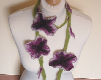 Flower scarf felt, wet felted flower shaped necklace, handmade collar, colors: white, purple and black with green leaves, flower shape shawl