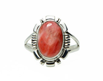 Red Oval Spiny Oyster Ring
