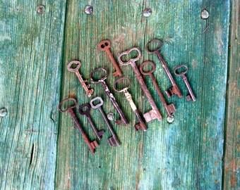 Set of 11 antique Italian keys