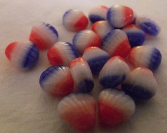 Hurricane Patriotic Red White and Blue Shell Czech Glass Beads (20) Glass Beads 9mm